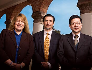 Photo of Drs. Nolta, Murphy and Liu © UC Regents