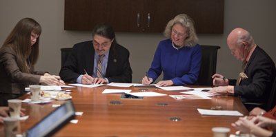 Signing agreement © UC Regents