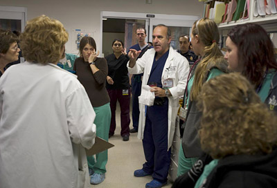 Dr. Kuppermann meets with emergency department team members © UC Regents