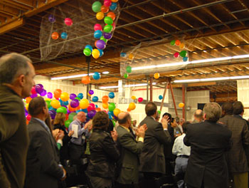 Balloons fell from the ceiling during ribbon cutting © UC Regents