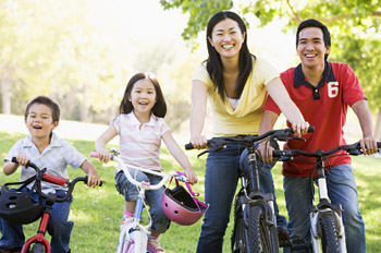 Exercise for the whole family is important. © iStockphoto
