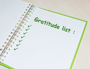 Photo: Keeping a diary of things you're grateful is an easy way to reap the health benefits of a gratitude practice