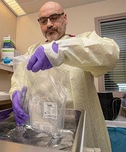 clinical lab scientist  preparing CAR T medication