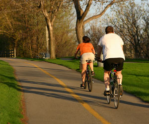 couple on bike path