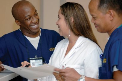 Nurses at UC Davis Health © UC Regents