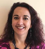 Verónica Martínez-Cerdeño creó la nueva serie de conferencias en español