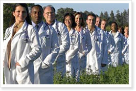 Photo of UC Davis doctors. © 2009 UC Regents