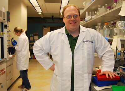 Paul Knoepfler in his research lab © UC Regents