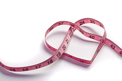 Measuring tape in the shape of a heart © iStock